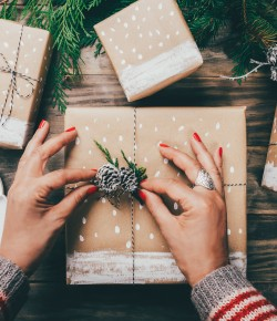 This handy guide will help you and your family to reduce waste and be more eco-friendly this Christmas, whilst still making it a special occasion.