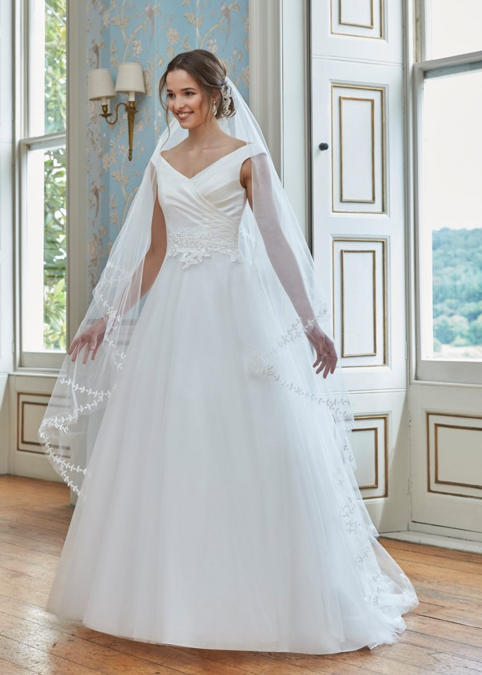 La Beck Bridal has a curated selection of designer wedding dresses at an affordable price tag